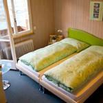 Hotel-Bellevue-Iseltwald-Zimmerjpg